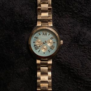 FOSSIL baby blue/silver watch